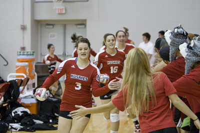 263d5f76a ... volleyball team received six votes in the American Volleyball Coaches  Association Top 25 Coaches Poll. Following a 3-1 week of play on the road