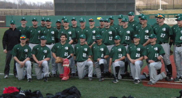 ... team displayed Saint Patrick s Day spirit March 17 in a 3-0 win against  the University of Illinois. The Huskies donned special green jerseys and  hats ... 3cfb4a578