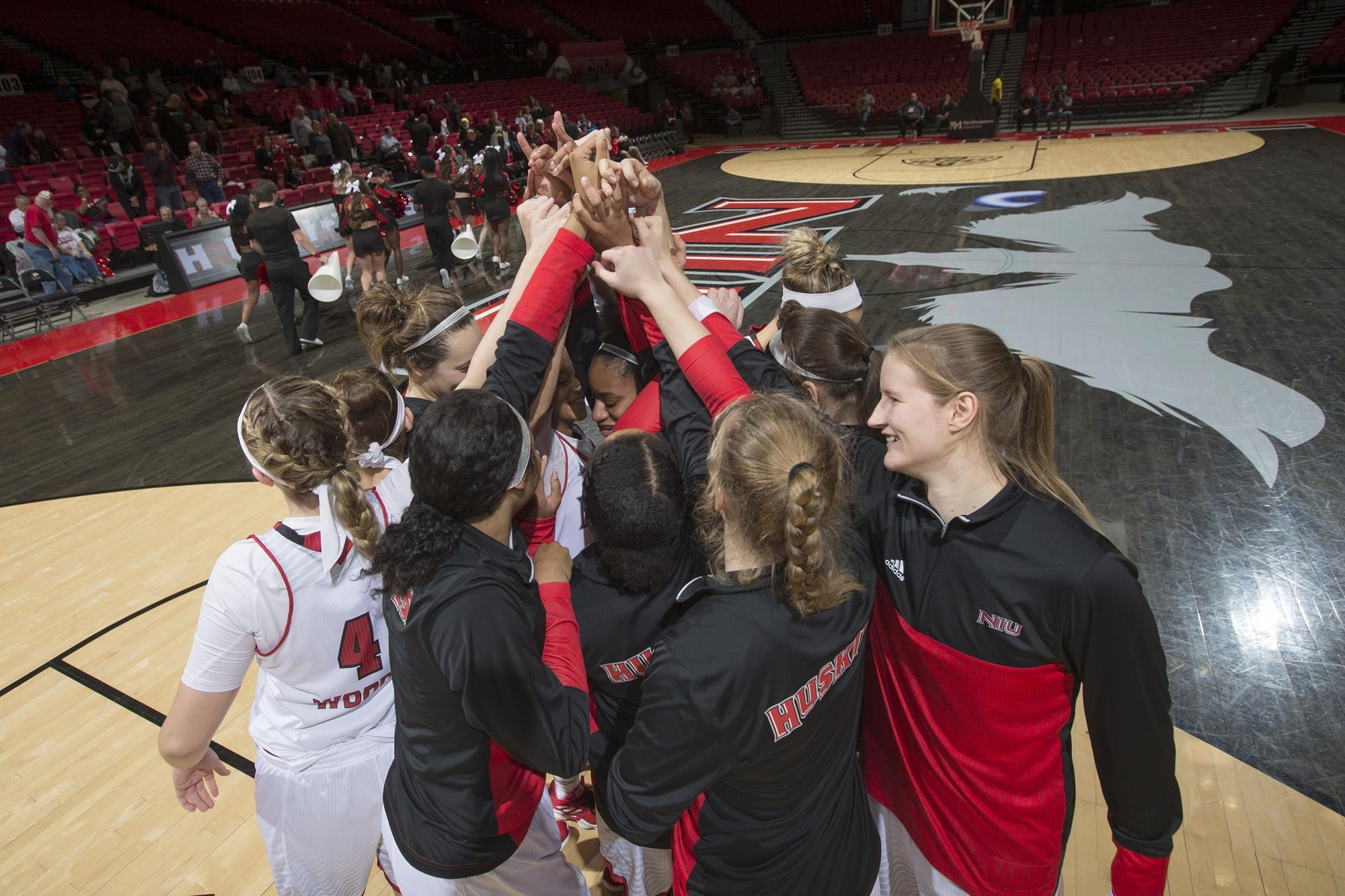 Niu Women S Basketball Announces 2019 20 Schedule Niu