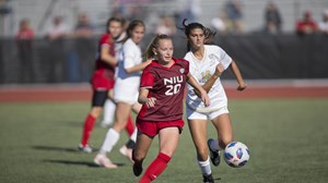 Women s Soccer Plays Drake To A 1-1 Draw In Home Exhibition - NIU ... 27c6b731b